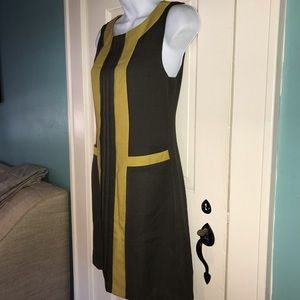 NWT Esley Dress Size Small